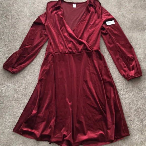 4c81eeb1d9 Brand New with Tags Old Navy Red Velvet Dress